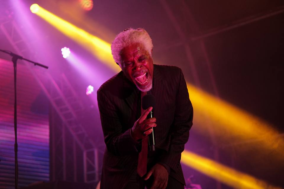 Billy Ocean Singing