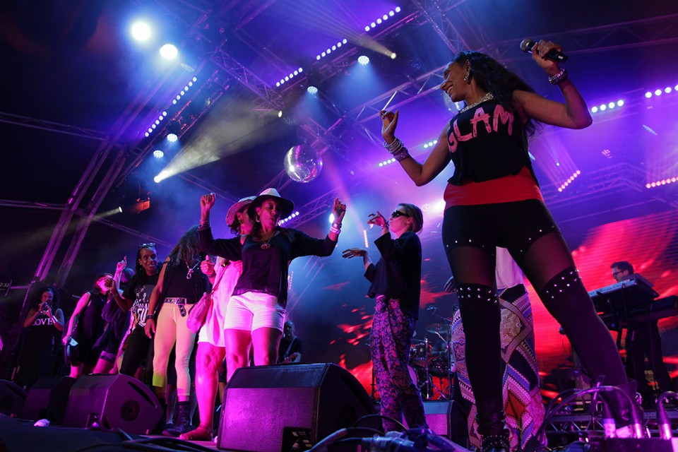 Sister Sledge with Deaf Audience Members
